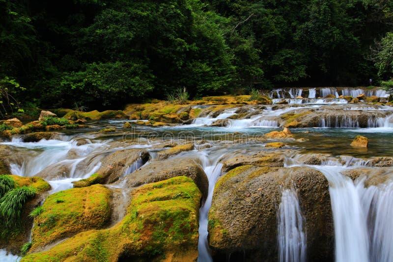 Área cênico do xiaoqikong de Guizhou Libo foto de stock