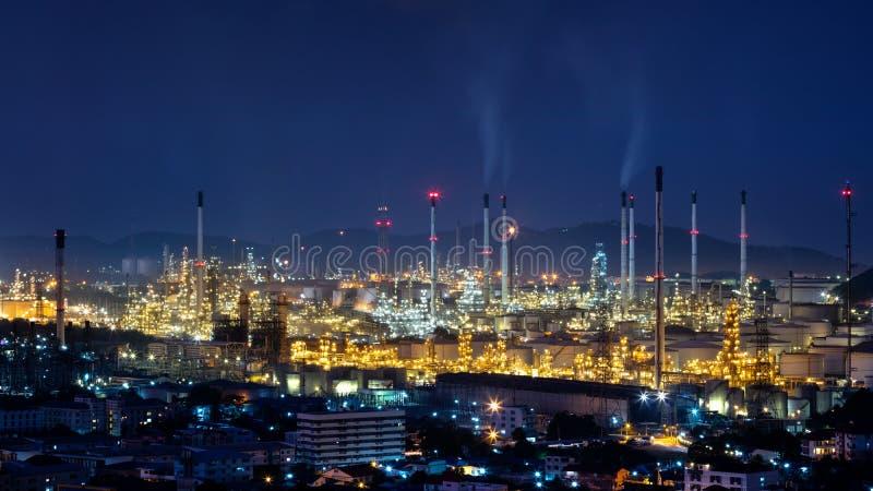 Área da planta de refinaria imagem de stock
