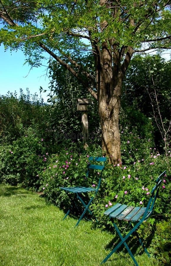 Área de assento ao ar livre fotos de stock