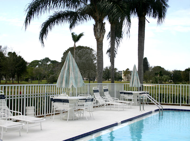 Download Área De Associação No Campo De Golfe Imagem de Stock - Imagem de pool, água: 106143