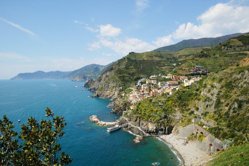 Área de la aldea de Riomaggiore en Cinque Terre imágenes de archivo libres de regalías