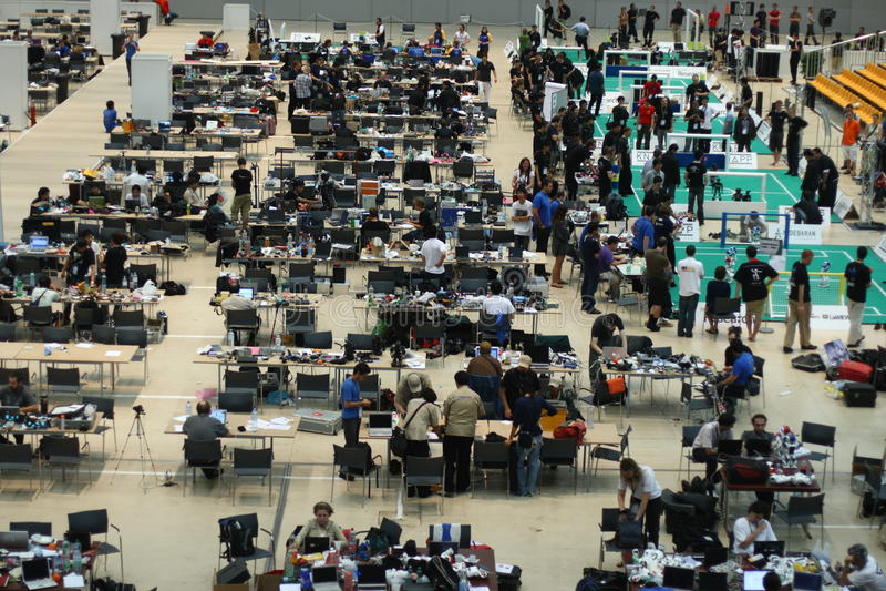 Área de las personas del RoboCup 2009 imagen de archivo