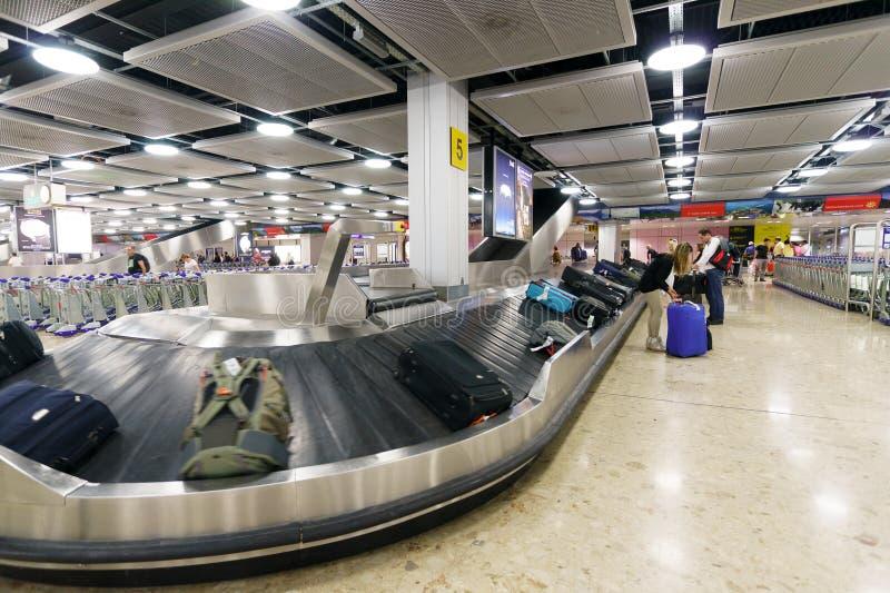 Área de reivindicação de bagagem fotografia de stock