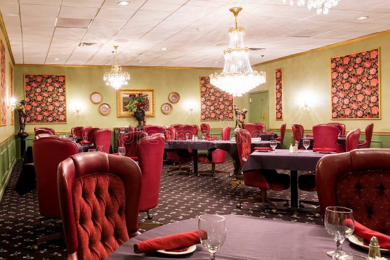 Área exclusiva lujosa del comedor del hotel imagen de archivo