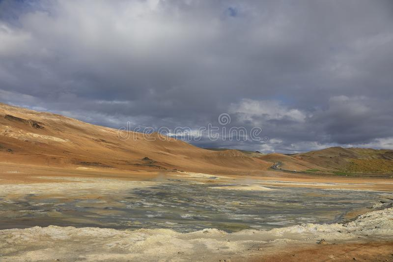 Área geotérmica de Hverir Namafjall en Islandia foto de archivo libre de regalías