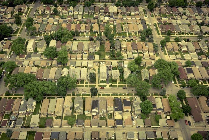 Área residencial americana típica - antena imagen de archivo