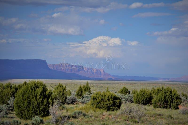 Área Vermillion dos penhascos do país grande do céu do Arizona do norte fotos de stock royalty free