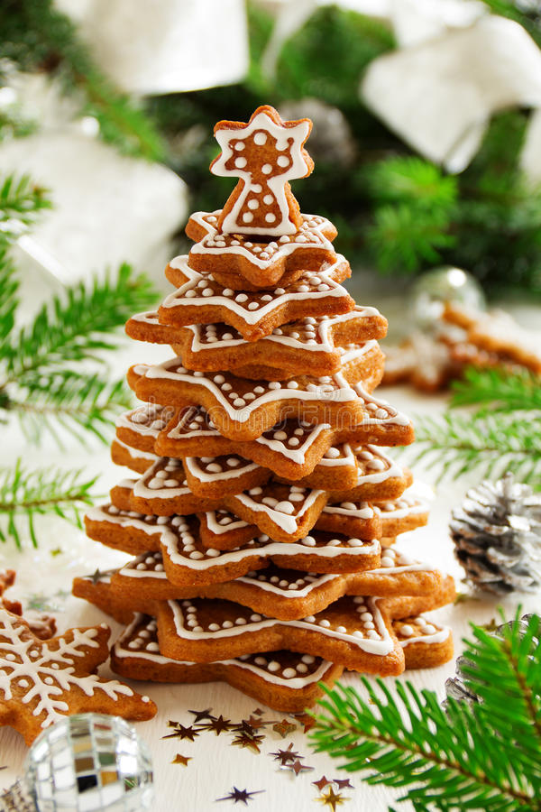 Árvore de cookies do gengibre fotos de stock