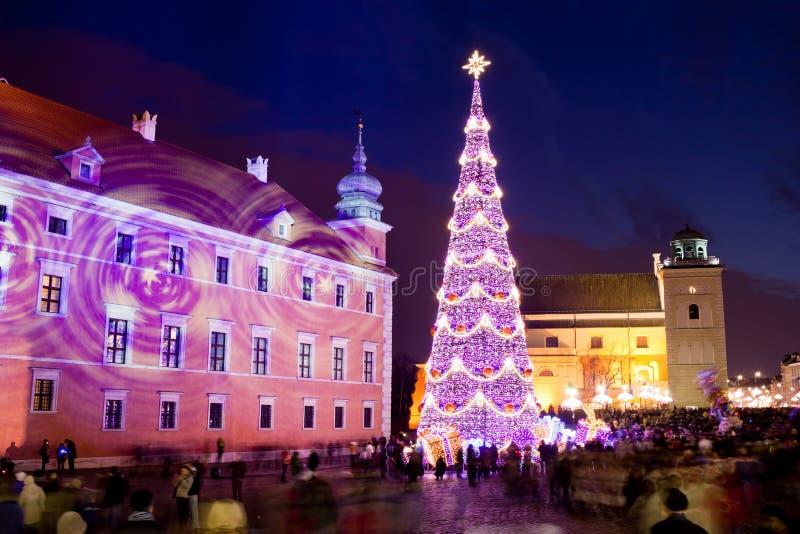Árvore de Natal na cidade velha de Varsóvia fotografia de stock