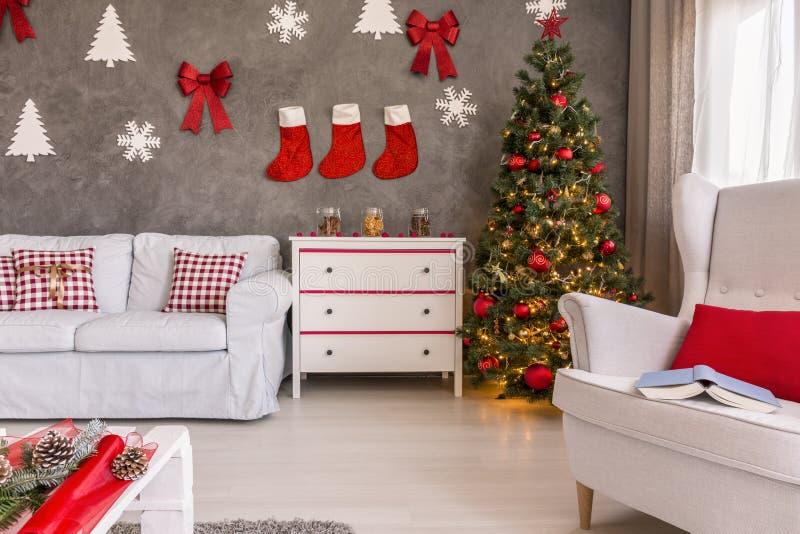 Árvore de Natal no canto fotos de stock