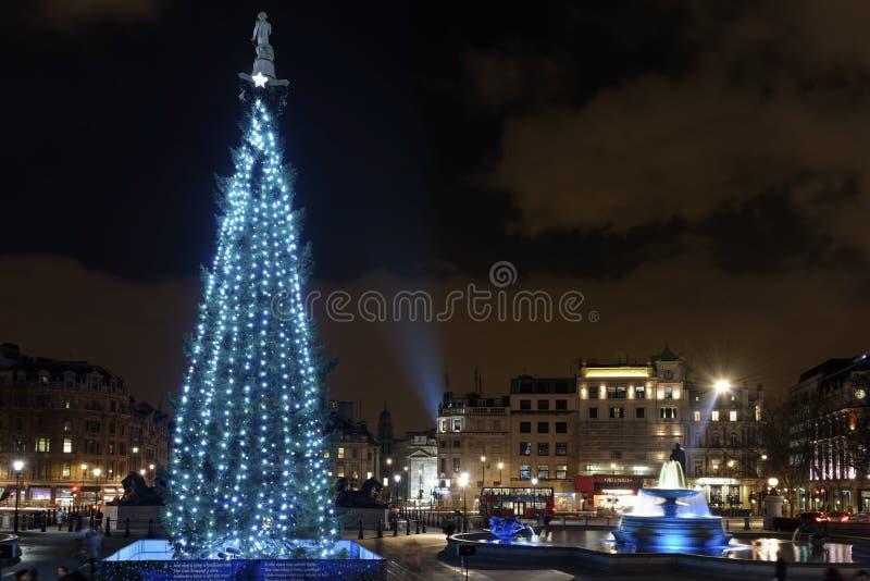 Árvore de Natal no quadrado de Trafalgar, Londres fotografia de stock