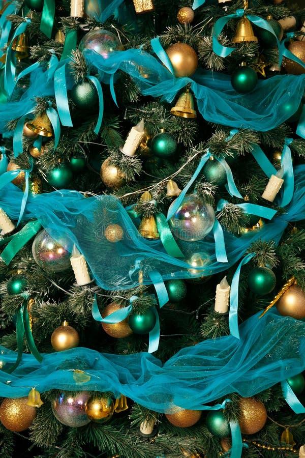 Download Árvore Verde Do Ano Novo Decorada Foto de Stock - Imagem de desenhador, clássico: 80100188