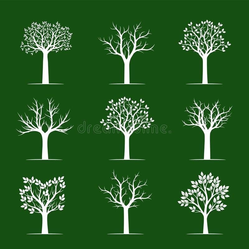 Árvores brancas ajustadas no fundo verde Ilustração do vetor ilustração stock