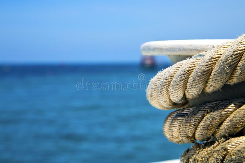 Ásia a corda da baía de tao do kho e a âncora de mar do Sul da China fotos de stock royalty free
