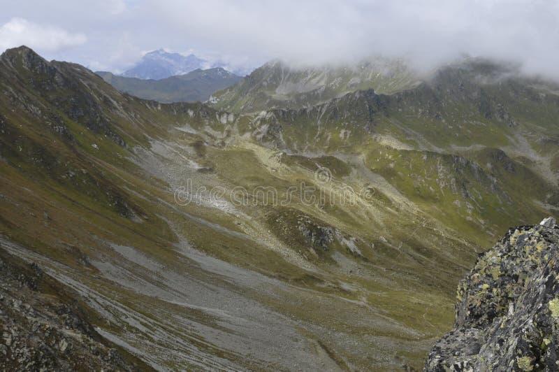 Áustria: Mountain View panorâmico 'do Gargellen Köpfe ' fotografia de stock