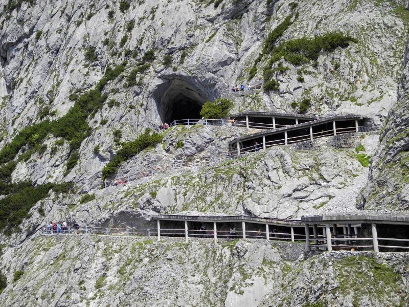 Áustria, Salzburg, caverna de gelo imagens de stock