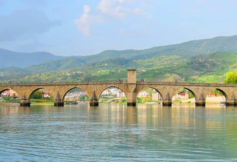 ¡De Mehmed PaÅ un puente del ‡ de SokoloviÄ en Visegrado, fotografía de archivo
