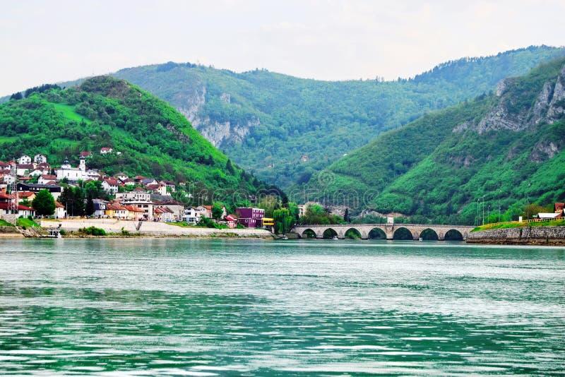 ¡De Mehmed PaÅ un puente del ‡ de SokoloviÄ en Visegrado, imagen de archivo libre de regalías