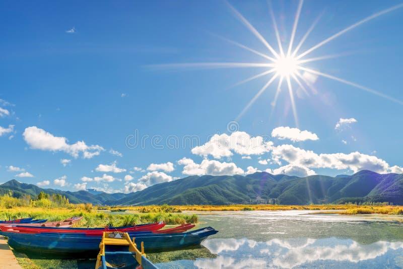 ¹ de æ de ½ de ² de ¸æ de ³ de æ – vue de lac Lugu image libre de droits