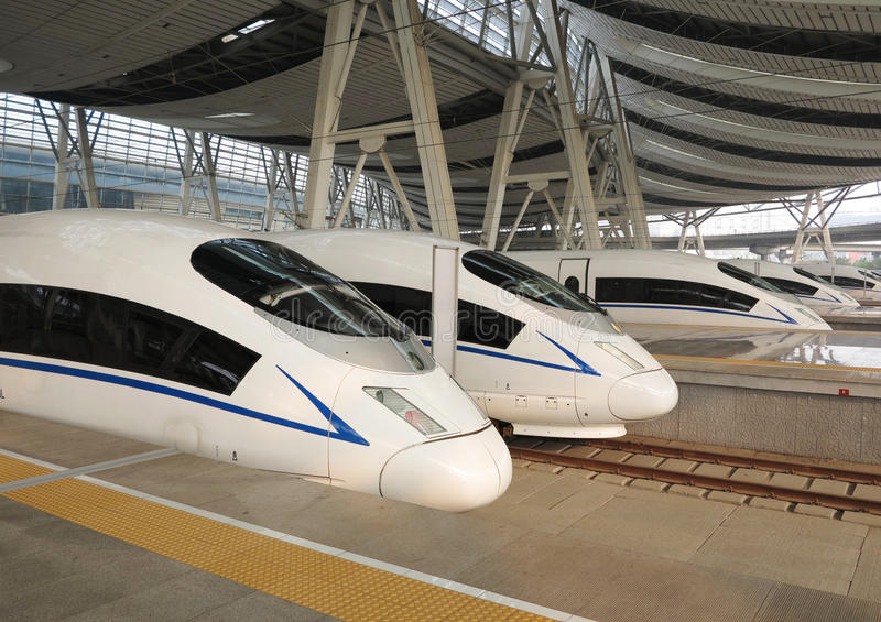 ââRail de alta velocidade, estação de comboio de Beijing foto de stock