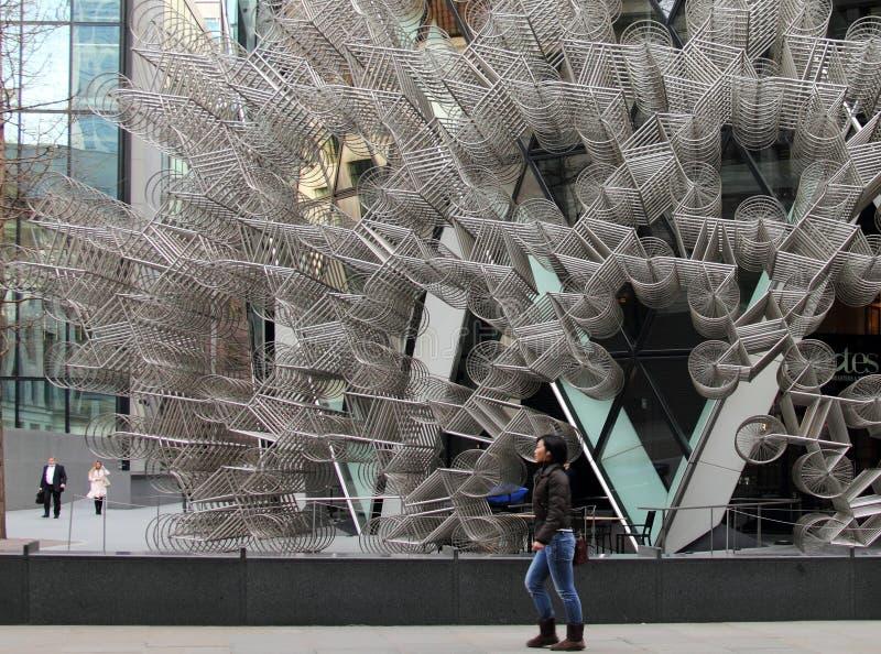 'Para sempre bicicletas ', trabalho de Ai Weiwei em Londres fotos de stock