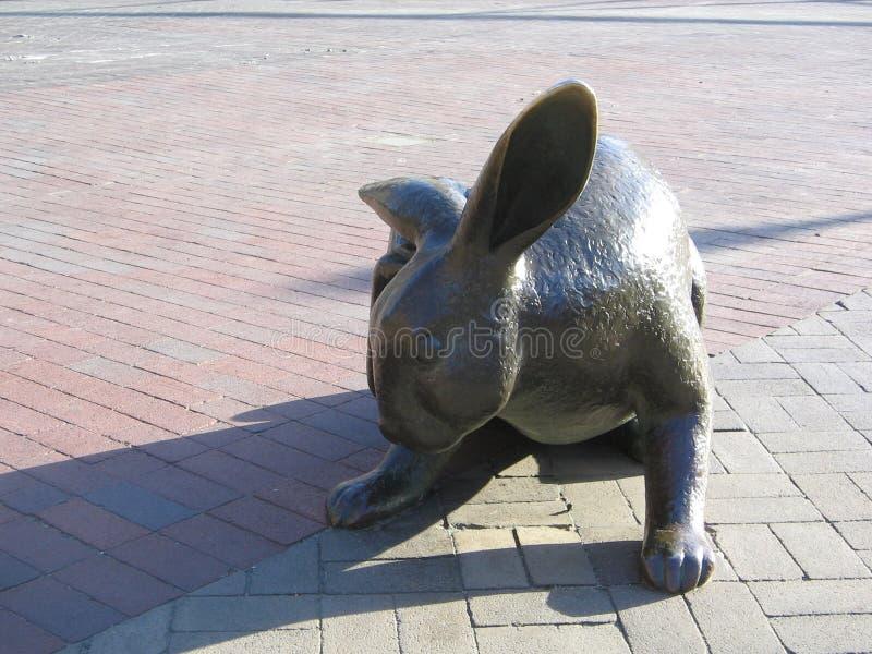 'Tortoise en het Hare' Beeldhouwwerk, Copley-Vierkant, Boston, Massachusetts, de V.S. royalty-vrije stock afbeelding
