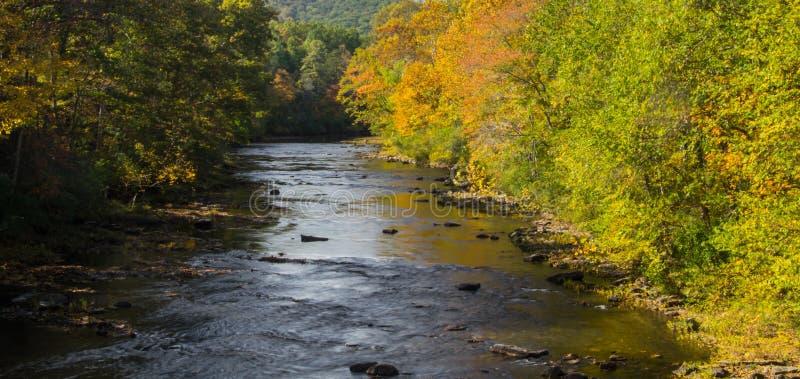 "€ ""Goshen de Maury River, Virgínia, EUA imagens de stock royalty free"