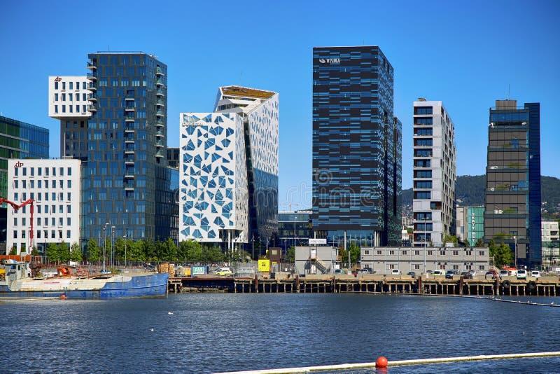 € d'OSLO, NORVÈGE «le 17 août 2016 : Vue du busine moderne d'Oslo images stock