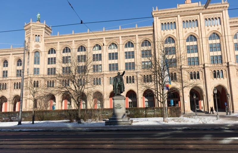 """€ di MONACO DI BAVIERA """"28 gennaio: Monumento di Bernhard Erasmus von Deroy immagini stock libere da diritti"""