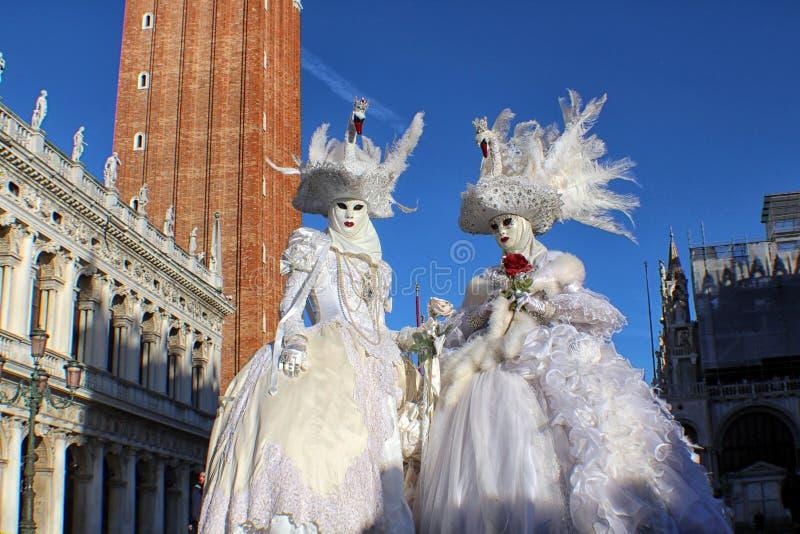 Download € «Venezia - Masques De L'Italie De Cygnes En San Marco Photo stock éditorial - Image du italien, tour: 87709908