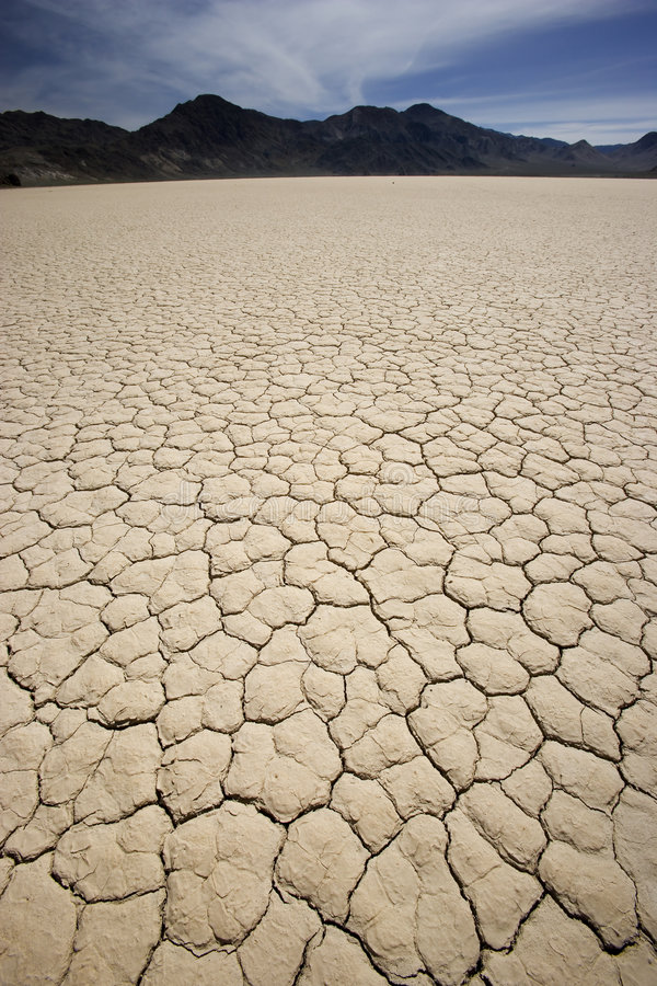 Playa da trilha de raça de Death Valley imagens de stock