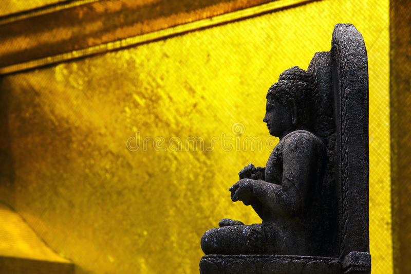 âBuddha e Wat Phra Kaew, grande Palaceâ fotografia stock libera da diritti
