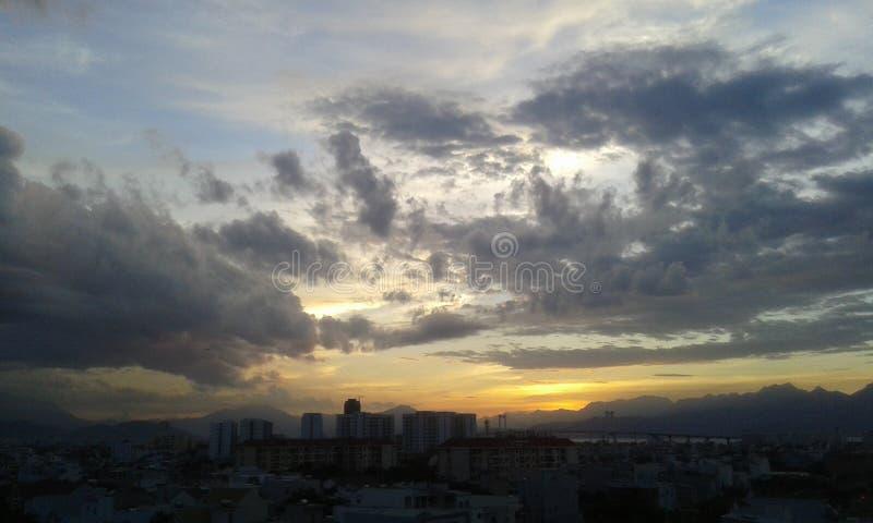  à Nẵng du coucher du soleilÄ photo stock