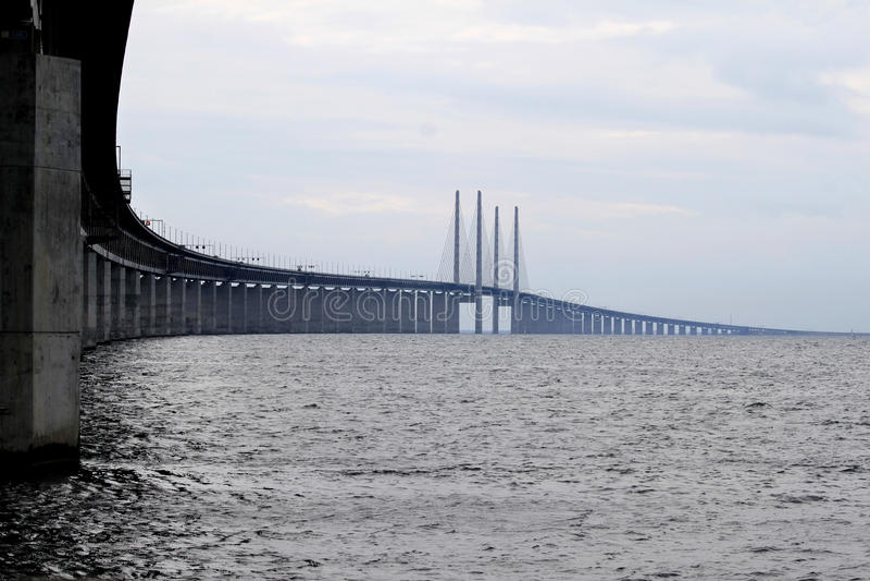 Ã-resund Bron fra la Danimarca e la Svezia, Svezia immagini stock