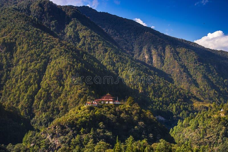 东帝士Dzong,原始的Trashiyangtse Dzong,不丹东部 免版税库存图片