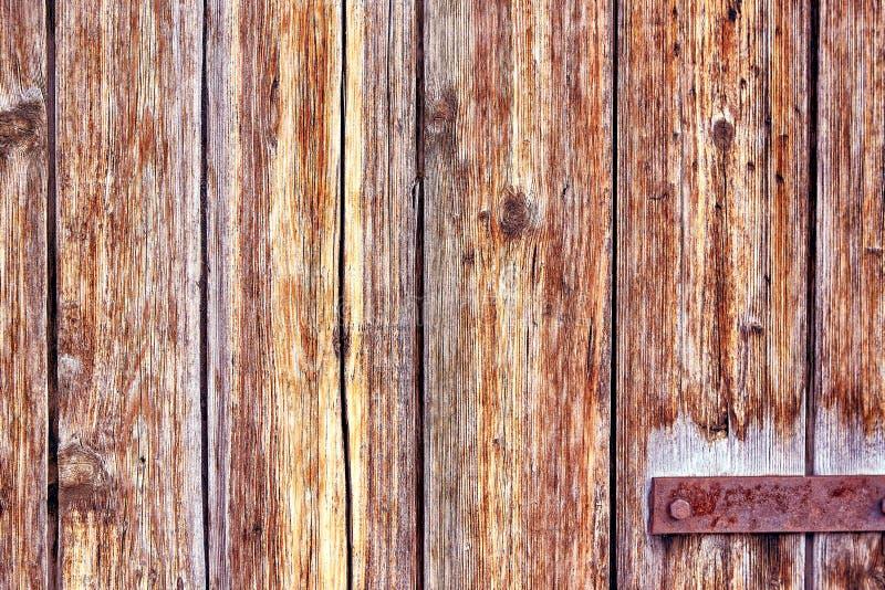 与概略的纹理多彩多姿的包括的老困厄的布朗赤土陶器铜生锈的木背景 弄脏 免版税图库摄影