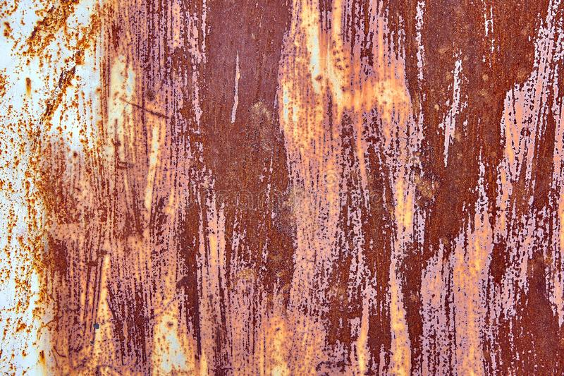 与概略的纹理多彩多姿的包括的老困厄的布朗赤土陶器铜生锈的背景 被弄脏的梯度 库存照片