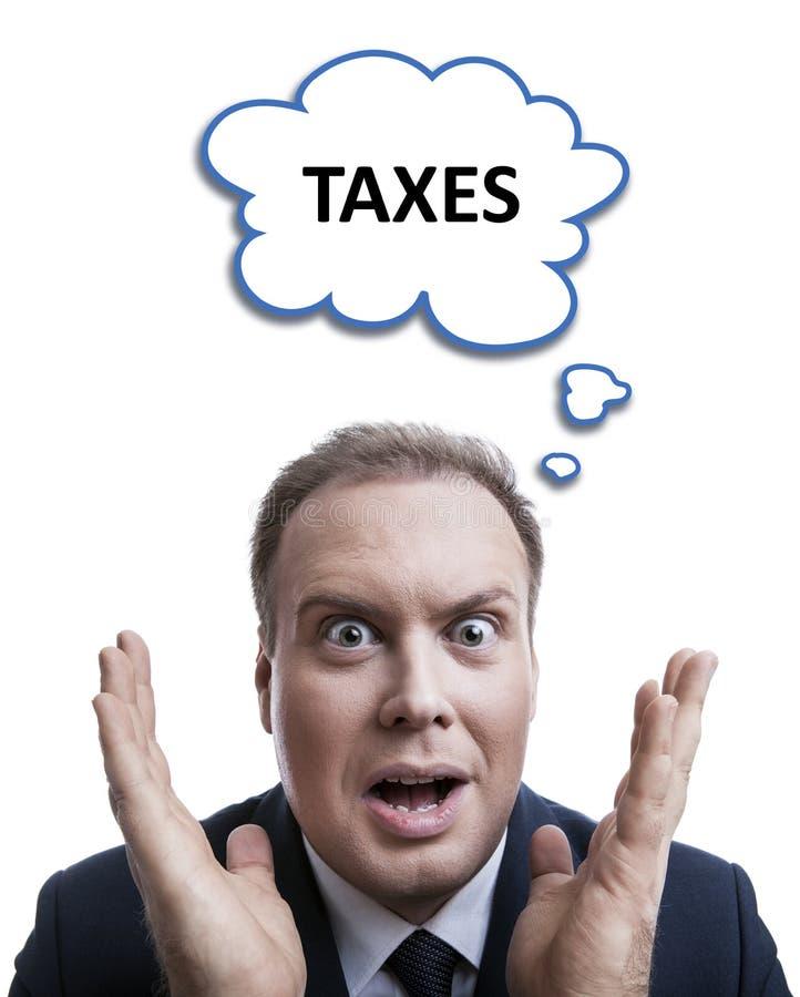 一个人的画象惊奇关于与云彩的税 免版税库存图片