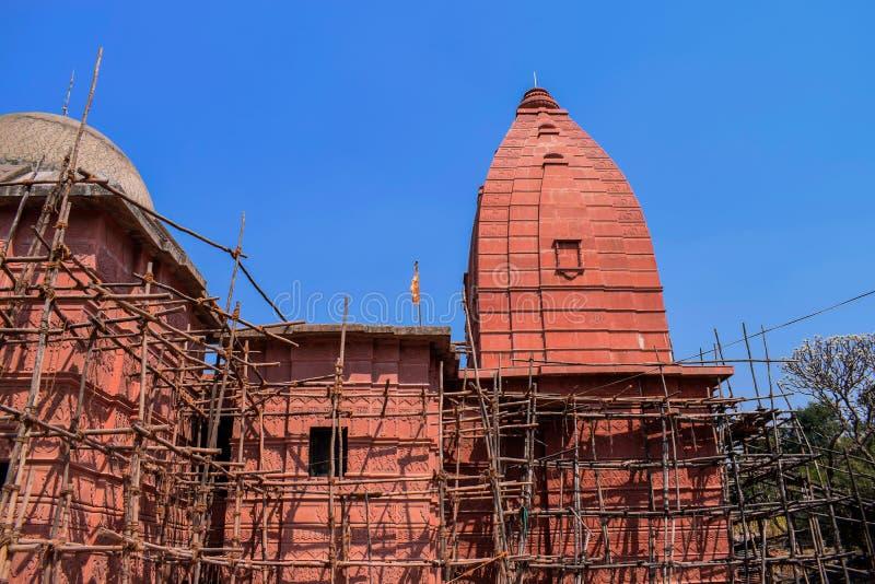一个老史诗古庙的整修在印度的老  免版税库存照片