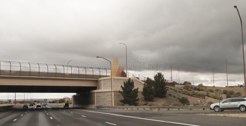 亚伯科基,新墨西哥高速公路40桥梁 库存照片