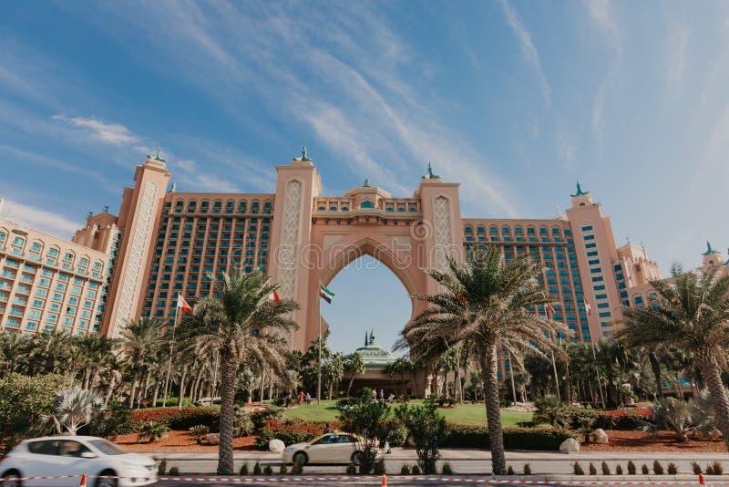 亚特兰提斯旅馆迪拜,阿拉伯联合酋长国全景2019年1月02日的在迪拜,阿拉伯联合酋长国 亚特兰提斯棕榈是豪华五星旅馆 免版税库存图片