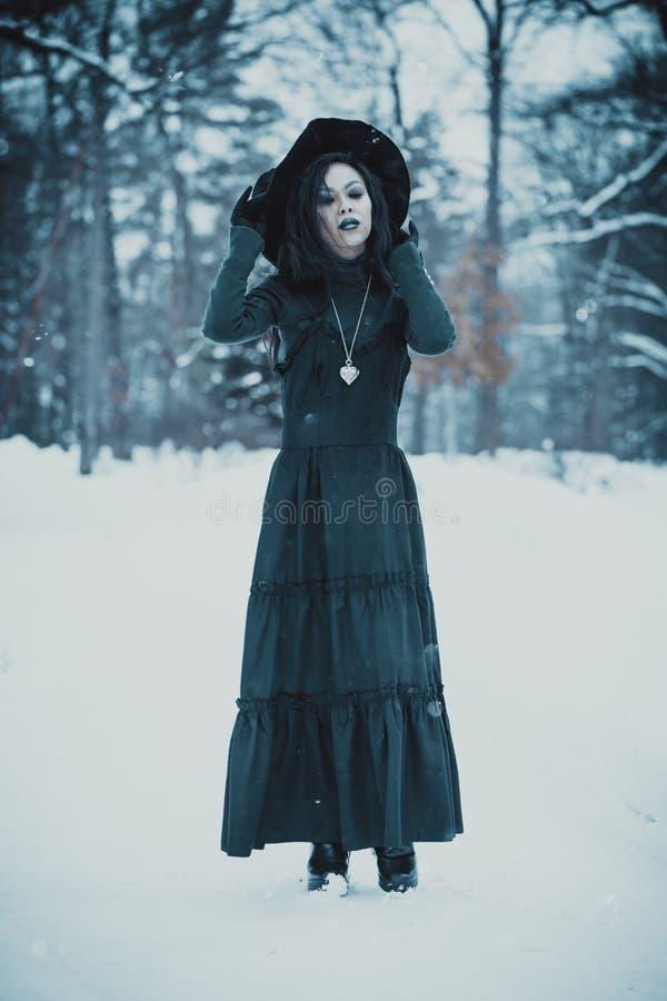 亚裔哥特式goth女孩 免版税库存图片