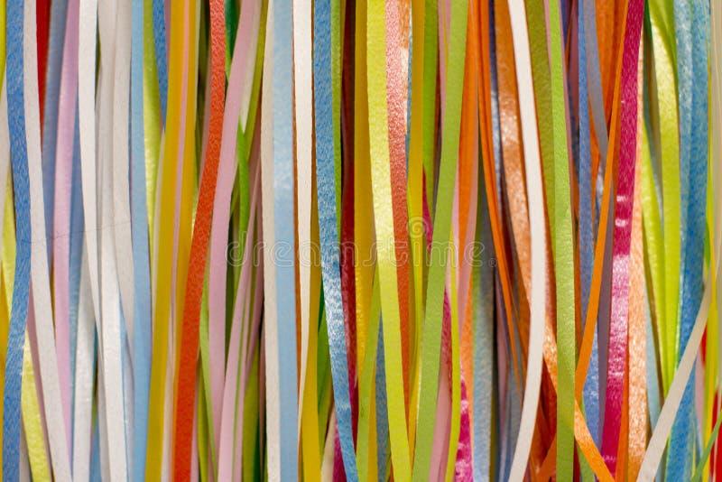 五颜六色的五颜六色的丝带 免版税库存图片