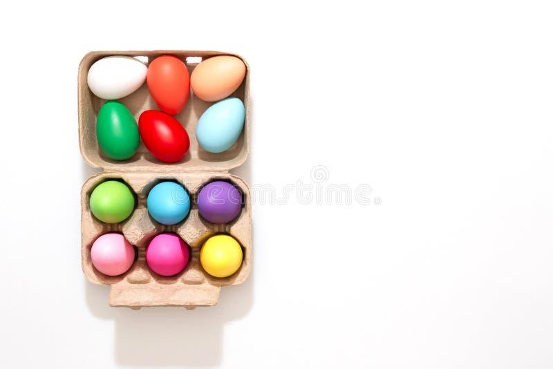 五颜六色的复活节彩蛋装饰 免版税库存照片