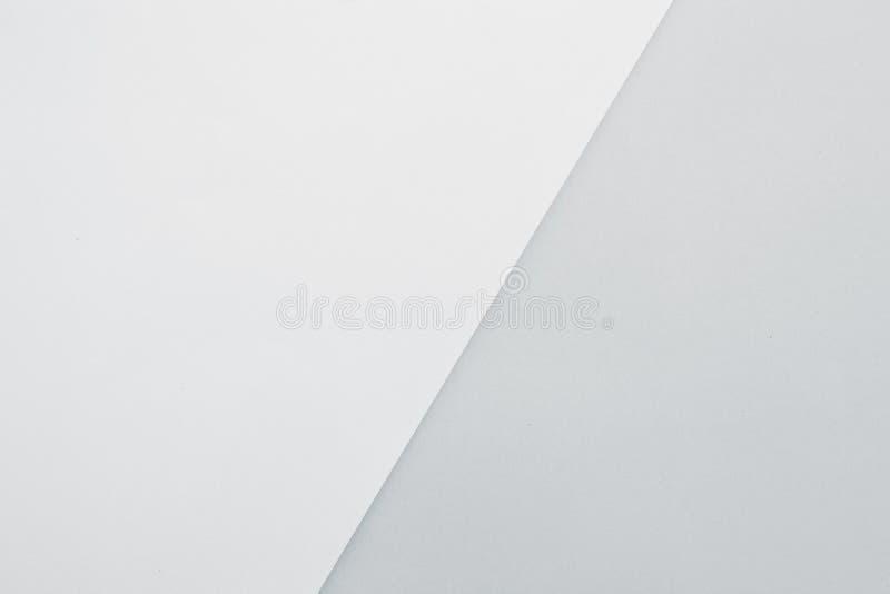 五颜六色的框架纸云彩和硬币摘要背景 免版税库存照片