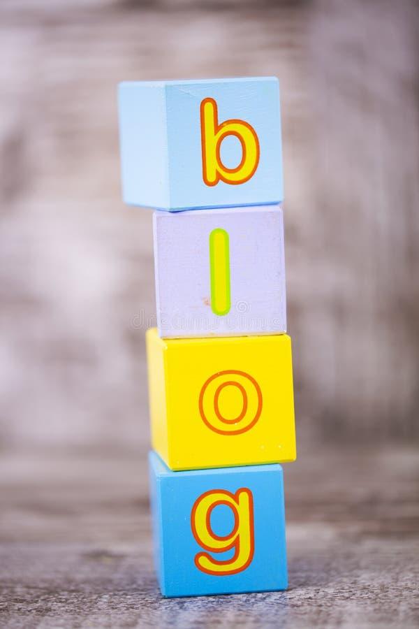 五颜六色的木字母表,博克写道 教育概念照片 免版税图库摄影