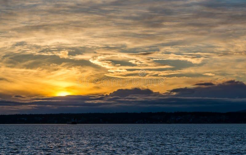 令人毛骨悚然的日落风景 图库摄影