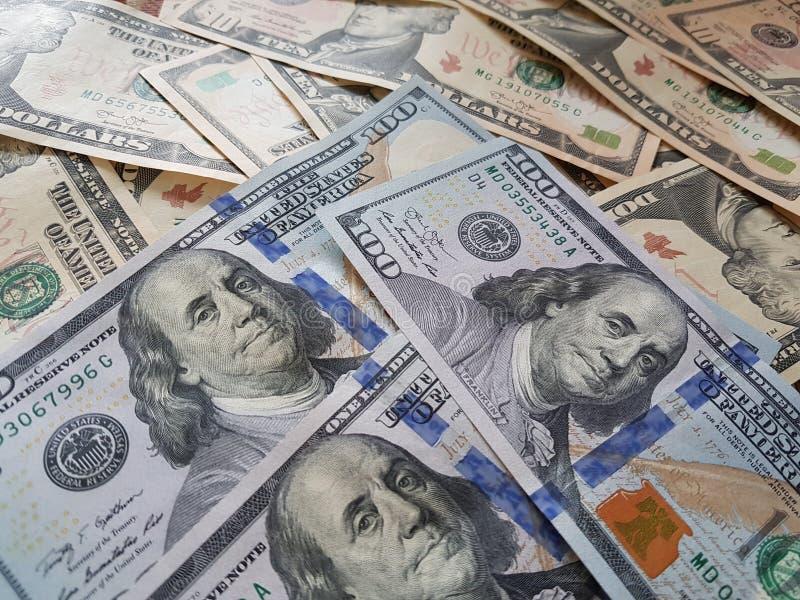 企业概念、背景、财务投资和兑换处:准备好美国美元的现金投资环球 库存图片