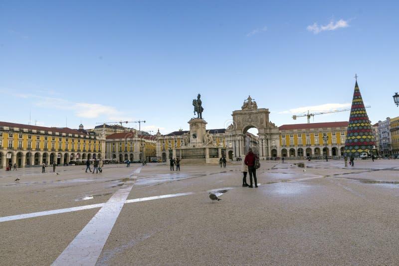 何塞I国王商务正方形的普拉布蒂里斯本,葡萄牙- 11月雕象  免版税图库摄影
