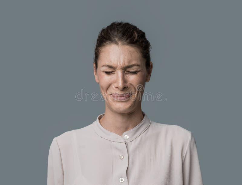 Äcklad kvinna arkivfoto